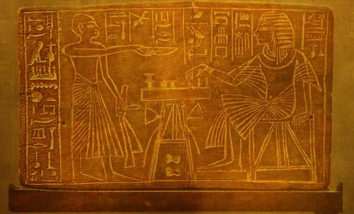 "Senet - Lujoso sistema de objetos lúdicos obsequio del dios Toht a la faraona Nefertari • <a style=""font-size:0.8em;"" href=""http://www.flickr.com/photos/30735181@N00/32369504352/"" target=""_blank"">View on Flickr</a>"