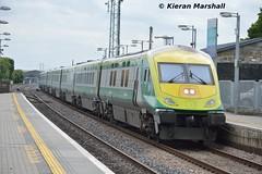 4001 passes Portlaoise, 15/6/15 (hurricanemk1c) Tags: irish train rail railway trains railways caf irishrail intercity portlaoise 2015 4001 mark4 iarnrd ireann iarnrdireann 1420corkheuston