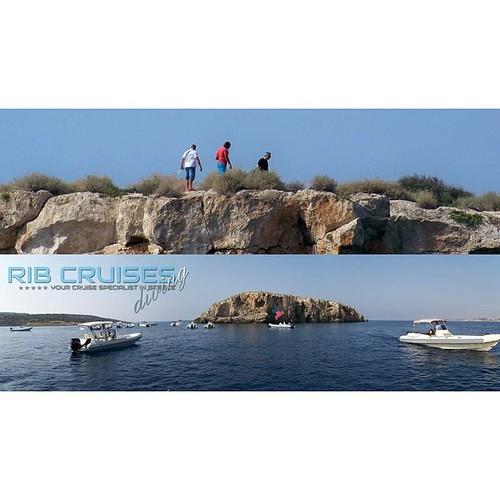 Diving fun art!!! #rentaboat #ribcruises #sea #cruise #instacruise #Island