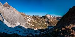 Vignemale (faltimiras) Tags: circo glaciar pyrenees pequeo petit pirineos pirineus cresta circ gavarnie glacera vignemale tallon marbore oulettes tailon viamala vinyamala
