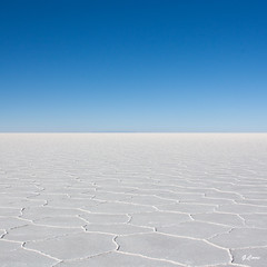 White & Blue (Guittoni) Tags: blanc bleu white blue salar uyuni sky bolivia horizon salt desert landscape tour trip traval nothing infinite
