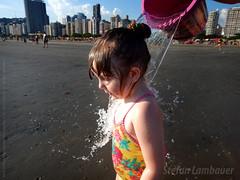 Catharina (Stefan Lambauer) Tags: stefanlambauer praia beach brasil brazil santos catharina baby criança kid infant menina filha sãopaulo 2016 br