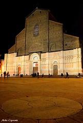 la sesta chiesa più grande d'Europa...San Petronio. (michelecipriotti) Tags: emiliaromagna bologna sanpetronio chiesa centro piazzagrande piazzamaggiore europa