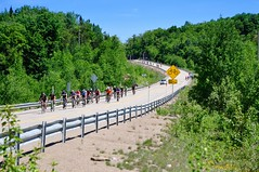 Cyclo_SanDonato_15-226 (Marian Spicer) Tags: road bike bicycle sport june race fun juin crowd route foule paysage success groupe vlo montagnes 125 trajet sandonato vnement comptition kilomtre nordet saintdonat cyclosportive russite lanaudire