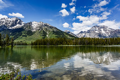 Leigh Lake, Grand Teton National Park (arts-loi) Tags: reflection trail grandtetonnationalpark leighlake
