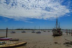 Heybridge Basin (yve1964) Tags: sky water clouds sailboat canon boats coast boat sand skies sailing lock sails essex heybridge heybridgebasin