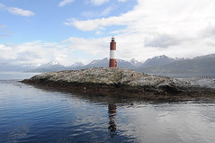 Les Eclaireurs (felpsalgado) Tags: lighthouse argentina tierradelfuego ushuaia leseclaireurs