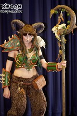 IMG_6407 (Neil Keogh Photography) Tags: orange brown green girl bag cosplay horns staff fantasy scifi videogame armour spikes faun mcmcomicconmanchester2015