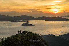 Spectacular Sunset. (bgfotologue) Tags: 2016 500px afterglow bgphoto beach city cloud coast crepuscular doggie dusk dust evening filter gnd gitzo glow gradient grey hk highwest hiking hongkong image landscape magic nd8 ocean outdoor peak photo photography rays sea seaside shore sky sony summer sunset tripod water west bellphoto skyline travel 城市 太平山 山頂 戶外 攝影 日落 港 盧吉道 西高山 風景 香港 黃昏