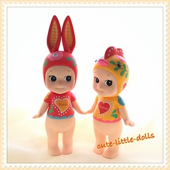 """Have a nice weekend!!"" :-) (cute-little-dolls) Tags: sonnyangel rabbit artistcollection cockerel miracle happiness luckygalo pair figure toy kawaii"