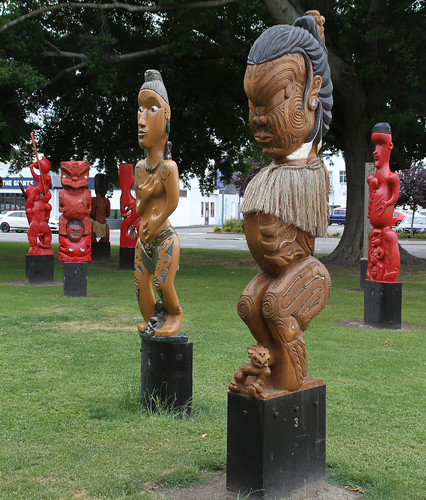 Nga Pou o Heretaunga 4