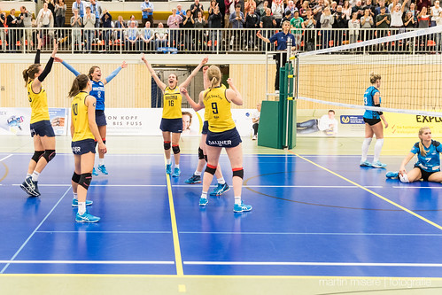 "3. Heimspiel vs. Volleyball-Team Hamburg • <a style=""font-size:0.8em;"" href=""http://www.flickr.com/photos/88608964@N07/32003258963/"" target=""_blank"">View on Flickr</a>"