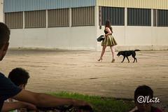 Silent Observation (JJLeite) Tags: comportamento pessoas streetphotography behavior social girls humano humanos pessoa serhumano sereshumanos sociedade saopaulo brazil br