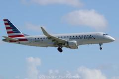 DSC_0551_1090 (thokaty) Tags: kmia miamiinternationalairport americanairlines republicairways embraer regionaljet ejet e175 erj175 e175lr erj175lr n425yx eis2014 oneworldalliance