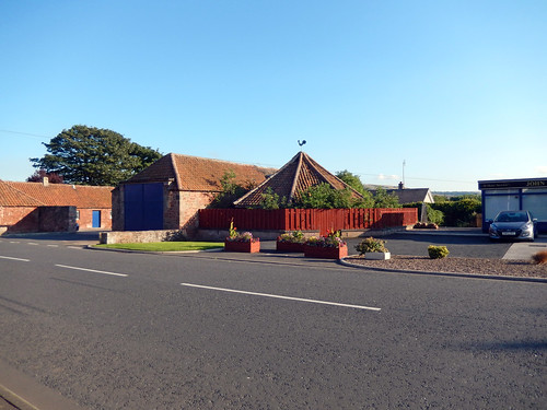 Buildings on Queens Road, Dunbar