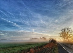 Misty morning 💙 (Sharon..... SP Photography) Tags: misty mist clouds cloud sky morning frost