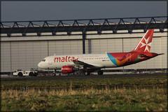 9H-AEK Airbus A320-211 Air Malta (elevationair ✈) Tags: shannon airport shannonairport snn einn ailiners airlines avgeek aviation airplane plane ireland countyclare airbus a320 airbusa320211 9haek