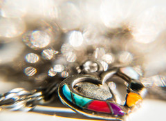 Heart to heart (explore 2017-02-13) (Maria Eklind) Tags: dof bokeh macromondays closeup heart smycke hjärta jewelry depthoffield