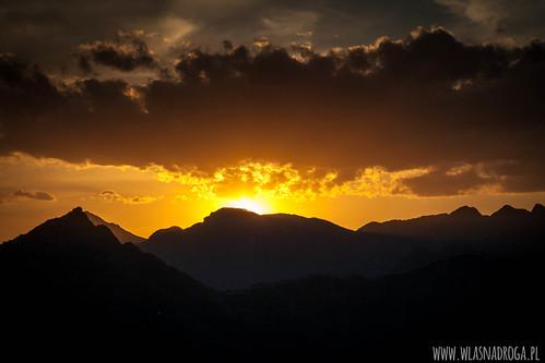 Zachód słońca nad Murem Chińskim