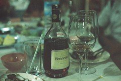 Fine Cognac (iheresss) Tags: film dinner thailand nikon superia drinks fujifilm brandy nikonf cognac hennessy vsop xtra400 manuallens analogfilm