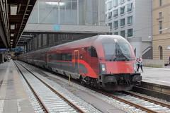 BB Railjet 59 Mnchen HBF (Arjen-V) Tags: train mnchen zug hbf trein reisezug railjet bb