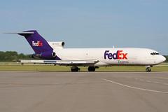N462FE | FedEx | Boeing 727-225F | Columbus-Rickenbacker (LCK/KLCK) (James Mellon - AviaColour) Tags: columbus boeing fedex 727 rickenbacker n462fe