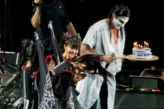 Babymetal's Su-metal gets Birthday Cake from Chad Smith, Babymetal and Red Hot Chili Peppers, O2 Arena, London, UK (rmk2112rmk) Tags: babymetalssumetalgetsbirthdaycakefromchadsmith babymetalandredhotchilipeppers o2arena london uk babymetal chadmetal redhotchilipeppers chadsmith sumetal o2