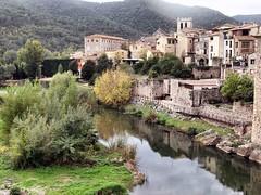 Besalu Spain 209 (saxonfenken) Tags: 1028s 1028 oldtown river walls bridge besalu spain tcf challengeyouwinnerunam gamewinner