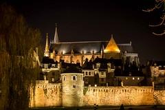 Cathédrale et remparts de Vannes (56) (benoit.charbonneau56) Tags: cathédrale remparts vannes morbihan bretagne