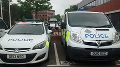 Hertfordshire police car and van (slinkierbus268) Tags: policecar policevan hertfordshirepolice