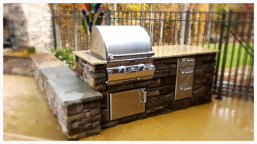 Custom Fire Magic Outdoor Kitchen, Hixson, TN.