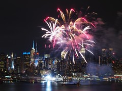 Enlightened Empire (beanhead4529) Tags: city nyc newyorkcity skyline night skyscraper fireworks manhattan midtown esb hudsonriver empirestatebuilding gothamist weehawken microfourthirds olympus45mm olympusem5