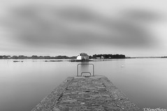 Saint Cado (Yohann Hamonic) Tags: yohannhamonic bretagne bzh breizh brittany breton britany black and white noir et blanc saint cado stcado morbihan mer symbolebreton pose longue exposure long riadetel ria