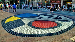 A genuine Joan Miró (gerard eder) Tags: street streetlife streetart strase art city ciudades städte world travel reise viajes katalonien cataluña catalonia barcelona lasramblas