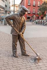 Street Sweeper (anthsnap!) Tags: madrid spain bronze sculpture streetsweeper brush