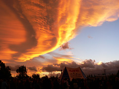 sunset over the prizegiving cloud formation 2 (Brenda Anderson) Tags: sunset newzealand sky orange clouds top20sunrisesunset top20hallfame masterton notmyphoto wairarapa hasnotes photobygary curiouskiwi brendaanderson curiouskiwi:posted=2006