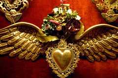 heart (Mary Hockenbery (reddirtrose)) Tags: red newmexico santafe topf25 glass angel topv555 topv333 heart wing cherub reddirtrose behind lafonda nmflickr