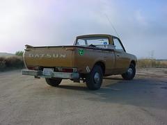 also near lake elizabeth (kneesamo) Tags: classic pickup lakeelizabeth 1973 datsun butterscotch pl 620 elizabethlake l20b 93532 bulletside lagunadeldiablo pl620