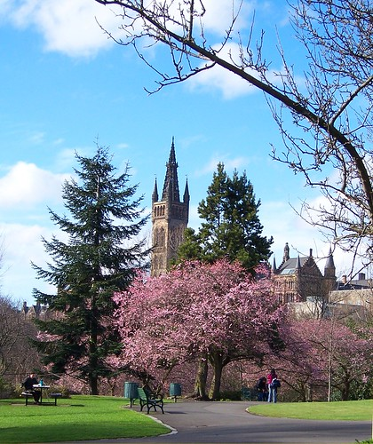 Glasgow Kelvingrove Park in the Spring