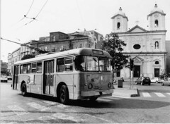 Filobus - Piazza San Ciro - Portici (NA) (Giuseppe Scognamiglio Fotografia) Tags: street urban blackandwhite bw italy slr art love film nikon time noiretblanc memories 123 story developer naples past portici ilford src filobus storia pellicola 123bw italybw cameraclassic nikonfm2new giuseppescognamigliofotografia