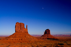 monument valley05d-sm (Mike Rodriquez) Tags: luminosity