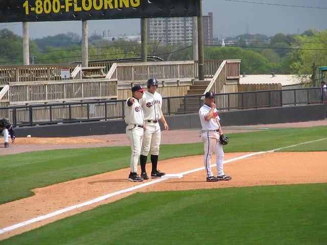 Jason Botts on 3rd base