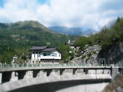 Dam bij het Lago di Barcis