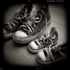 Our sneakers (holgaguy) Tags: topf50 sneakers converse hightops chucks chucktaylor cotcmostinteresting