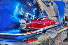 bullets (Andreas Reinhold) Tags: blue red lights fifties rear chrome bullets hdr v8 50ies 60ies photomatix tthdr goodpaintjob