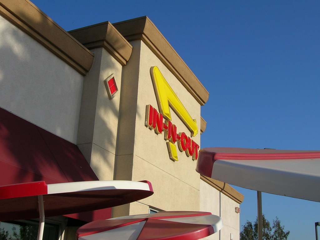 IN- N- OUT Burger