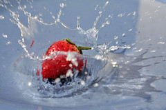 Splash (citron_smurf) Tags: food fruit photography strawberry stock free splash royalty foodphotography royaltyfreestockphotography mychickenstockcom