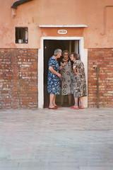 News (Clemens_Fricke) Tags: venice geotagged venezia venedig fujisuperiaxtra400 venice2004 50v5f nikonf90 topstreetsmileelfi streetsmilecontest2 ci33 geolat45429457 geolon12327561