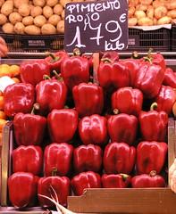 Y un pimiento II (Junjan) Tags: barcelona red pepper rojo pimiento boqueria