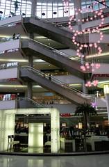 Plaza 66 - Atrium Cafe (vinwong) Tags: china architecture shanghai digilux2 plaza66 shanghainite